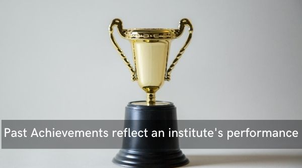 Past achievement records reflect the institute's performance and productivity which is an important tip to choose best IAS coaching institute