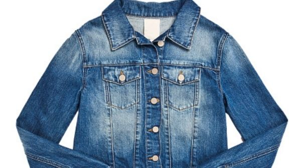 The list of Winter Wear for Women is incomplete without our favorite denim jacket. Winter clothes and tops for girls can be styled with it.