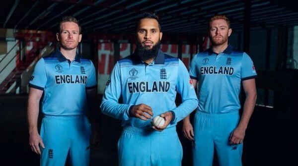 Players wearing the Blue ODI Cricket Team Kit of England