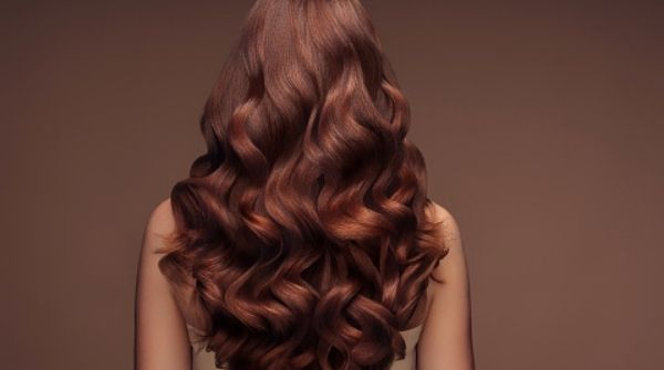 Hair Color for Women has to include Golden Brown. As it is the most beautiful and gorgeous hair color. Moreover, any one can carry it.