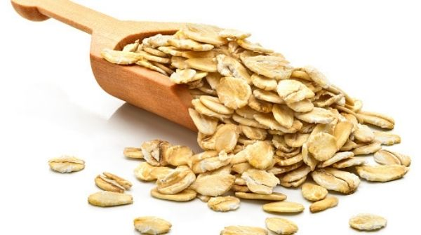 Oats are very helpful if you want to have a healthy and happy heart.