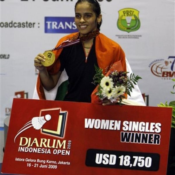 Saina Nehwal winning her first super title the Indonesia Open 2009 at the age of 19