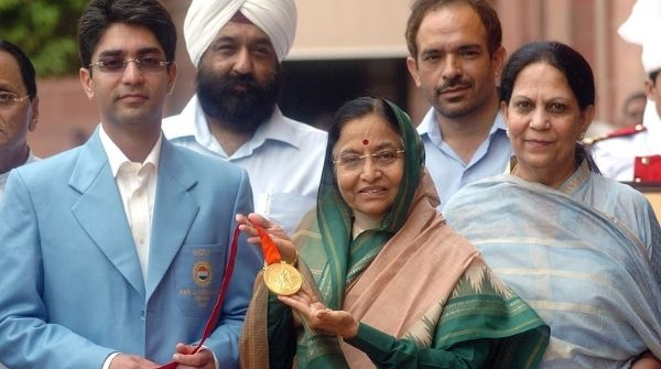 Abhinav Bindra with Smt. Pratibha Patel after winning India it's first Indvidual Olympic gold medal after shooting