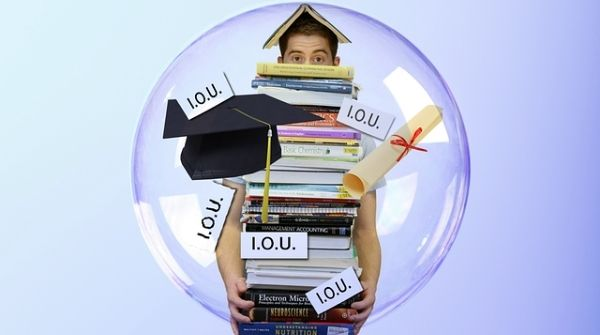 Education loans in India are available for full-time courses, part-time courses, and also for working professionals.
