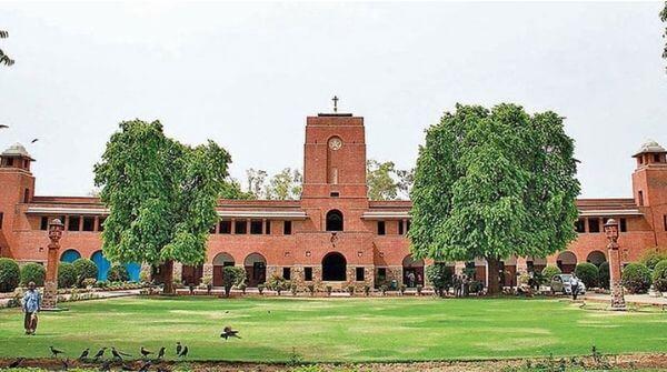 Good image results on  Delhi University