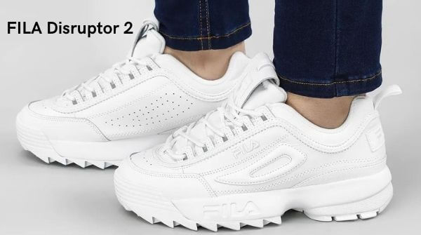 The best trendy sneakers for women. Fila Disruptor 2 is one of the classic sneakers shoes for women.